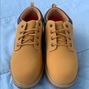 Wrangler men's Memory Foam shoe